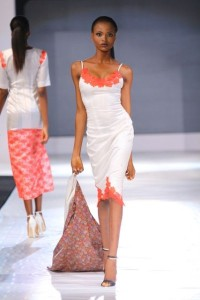 GTBank-Lagos-Fashion-Design-Week-2013-Wana-Sambo-BellaNaija-October2013004-400x600