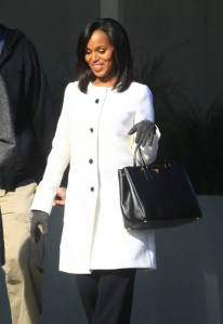 gallery_main_kerry_washington_scandal_06
