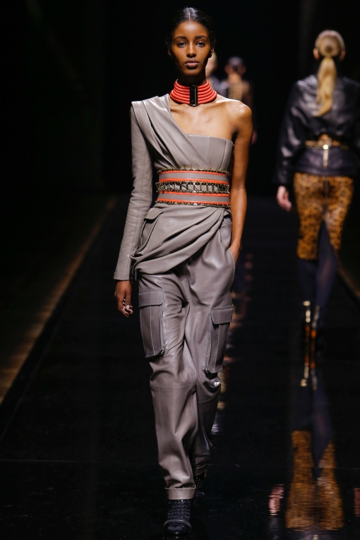 African-High-Fashion-Model-Paris-Fashion-Week