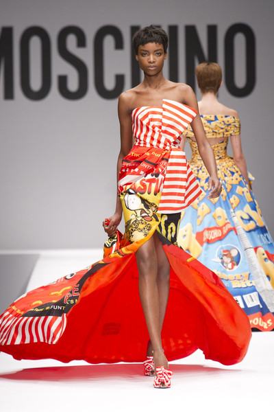 Moschino+Fall+2014+Maria-Borges