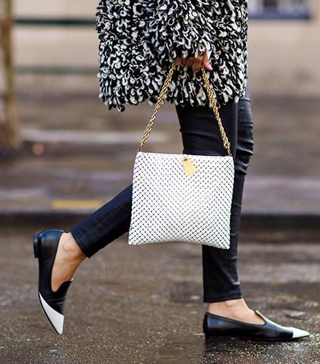 Paris-Street-Style-Fall-Fashion-14-Accessories-Edition-8