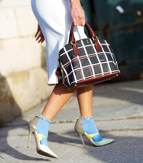 Paris-Street-Style-Fall-Fashion-14-Accessories-Edition-9