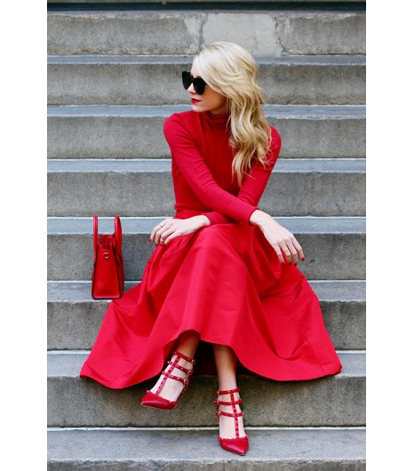 Color Mood: Head to Toe Red for a wedding this Summer